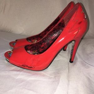 💰FIRM Red patent leather ED HARDY peep toed heels